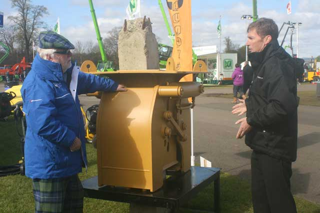 Mike Williams (right) outlines the advantages of the pile breaker at ScotPlant.
