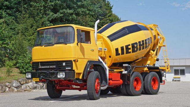liebherr-truck-mixer-htm702-300dpi-1024x683.jpg